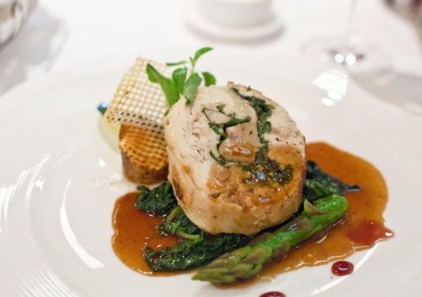 L'un des plats servi à bord du restaurant relais et chateaux de la compagnie Siversea