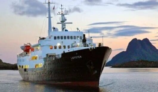le ms lofoten est un des navires de la ligne express cotier de norvege
